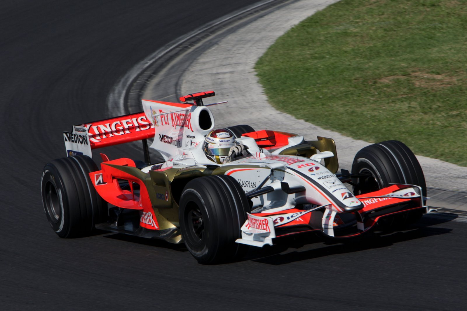 Kimi raikkonen in the f2008 a car at the peak of the crazy aero era